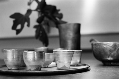 季の雲長浜市 Toki-no-Kumo, Nagahama Tea Cup Tea Ceremony Ceramic Craft Silver Glaze A. Henry Rose UTSOA University of Texas Austin School of Architecture Japan Japanese 35mm Film Photography 日本