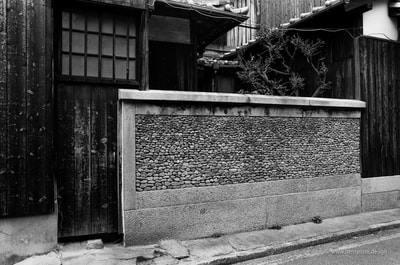 直島 Naoshima Wall Craft Stone A. Henry Rose UTSOA University of Texas Austin School of Architecture Japan Japanese 35mm Film Photography 日本